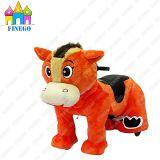Giro animale elettrico ambulante del giocattolo del cavallo della batteria Zippy farcito peluche