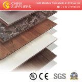 Linha espumada oca da extrusão da placa da parede do PVC WPC