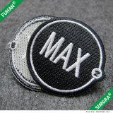Custom 100% poliéster bordado patches para vestuário