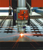 500With 1000Wの台所製品のファイバーレーザーの金属の打抜き機(ZY-C3015)