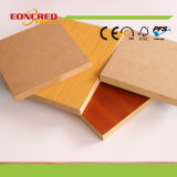 Tablero de partícula del MDF de la melamina Woodboard laminado madera contrachapada