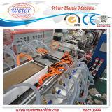 Maquinaria composta da extrusão do perfil do Madeira-Plástico