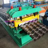 Roulis glacé de toit faisant la machine