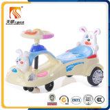 Новый пластичный автомобиль качания младенца в езде на игрушках автомобиля
