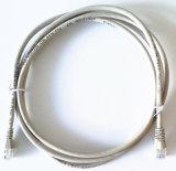 Câble de cordon de connexion d'Ethernet de RJ45 de Cat5e compatible avec des connexions de Poe