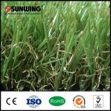 Hierba artificial verde natural de los fabricantes de China para los perros con Ce del SGS