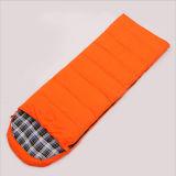 青およびオレンジ洗練された技術の空の綿の寝袋