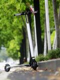 Produit 2016 chaud de scooter électrique intelligent se pliant de roue de la fibre 2 de carbone