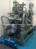 1800HP 1900rpm Cumminsディーゼル海洋エンジンのボートエンジン、手前側にあるモーター