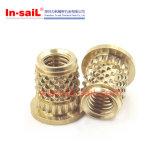 Pieza inserta graneada diamante externo corto de cobre amarillo de la en-Vela del fabricante del sujetador de China para los plásticos