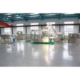 3 automatiques dans 1 chaîne de production de mise en bouteilles de l'eau de seltz