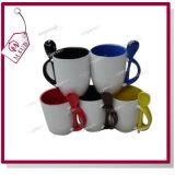 canecas 12oz coloridas cerâmicas com a colher por Mejorsub