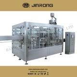 24 máquinas de rellenar del refresco de las pistas para la botella de cristal