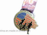 Medalha personalizada do esporte da maratona com a fita para a concessão