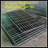 Galvanizado serrado Reja alta calidad del fabricante para trabajo pesado rejilla de acero / material de construcción