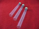 De duidelijke Reageerbuis van het Glas Met de Kurk van het Aluminium
