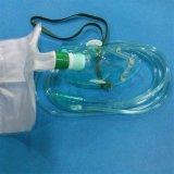 Wegwerf-Belüftung-medizinische Sauerstoffmaske mit Hydrauliktank-Beutel (Grün, Erwachsener mit Rohrleitung)