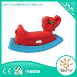 Cavallo di oscillazione di plastica dei bambini con il certificato di Ce/ISO