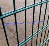 粉のスポーツ界のための上塗を施してある二重金網の塀