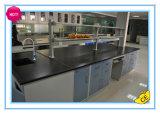 Banco del centro del laboratorio de química