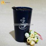 Alta tazza di ceramica isolata doppio con la decalcomania del cliente