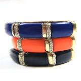 Article neuf Bijoux en forme de résine rouge en acrylique Stretch Bracelets