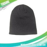 基本的な男女兼用の編まれたまたはニットの冬のチーム・スポーツの帽子(009)