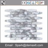 Le mattonelle di mosaico di marmo bianche del marmo della lanterna di Carrara per la stanza da bagno