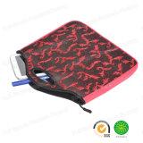 El iPad retro rojo de la tablilla del neopreno de la tela del telar jacquar enciende el bolso de la computadora portátil