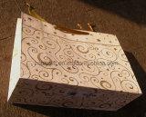 Sac à provisions de papier de modèle d'étoile d'or