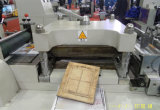 Автоматический ярлык плоской кровати Rtmq-320 слипчивый умирает автомат для резки