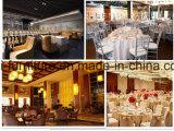 クッションまたはホテルの宴会の椅子が付いているGlodenの金属の結婚式のChiavariの卸し売り椅子