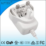 enchufe estándar 9V/1A con el pequeño producto del aparato electrodoméstico