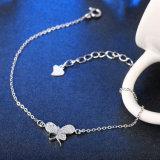 Un braccialetto d'acciaio romantico dai 925 Sterling con i monili Pendant dell'inserzione di Zircon di figura della farfalla