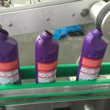 Flache seitliche Etikettiermaschine der Flaschen-zwei