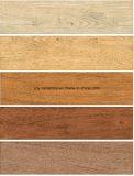 Telhas cerâmicas de superfície de madeira