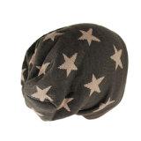 Sombrero hecho punto gorrita tejida del invierno de Camo del modelo de estrella del telar jacquar
