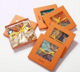 Rectángulo de regalo de papel anaranjado para la caja de embalaje de la bufanda