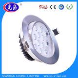 L'éclairage LED DEL de support de surface de plafond s'allument vers le bas