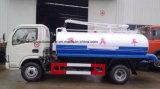 Dongfeng 100 HPの吸引タイプ排泄物のタンカー4000 L糞便の吸引のトラック