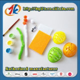 Paasei met de Kleurrijke het Schilderen Reeks van het Stuk speelgoed
