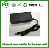 Chargeur de batterie personnalisé par qualité de Li-Polymère de lithium de Li-ion de 25.2V 2A avec le connecteur personnalisé de chargeur