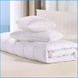 Schlaf-wohle Matratze mit unten versehen das Füllen mit Federn