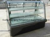 Изогнутый стеклянный холодильник торта с импортированным компрессором