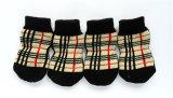 Chaussettes de tricotage antidérapantes d'animal familier de Brown de crabot de réseau classique d'accessoires