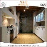 Mobília de madeira de madeira branca Mobiliário de cozinha de madeira maciça