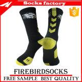 Halbe Kissen-Baumwollform-Firmenzeichen-Sport-Stickerei-Socken