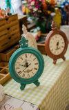 Reloj de vector de madera del estilo antiguo