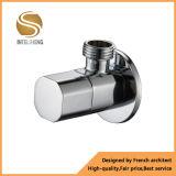 Válvula de ángulo de cobre amarillo plateada cromo de la aplicación del cuarto de baño