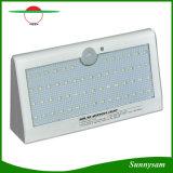 Nuovo prodotto 2017 sull'indicatore luminoso esterno solare del sensore di movimento di energia solare PIR dell'indicatore luminoso 57 LED della lampada da parete del mercato della Cina